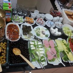 Kral Mert Hotel питание