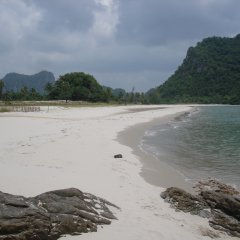 Отель Sananwan Beach B&B пляж