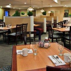 Отель Holiday Inn Washington Georgetown Hotel США, Вашингтон - отзывы, цены и фото номеров - забронировать отель Holiday Inn Washington Georgetown Hotel онлайн питание