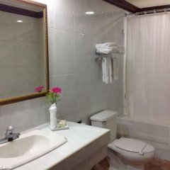 Florencia Plaza Hotel ванная