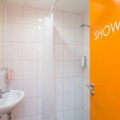 Отель Le Petit Hotel Prague Чехия, Прага - 9 отзывов об отеле, цены и фото номеров - забронировать отель Le Petit Hotel Prague онлайн ванная