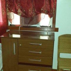 Отель Julian Guest House Гайана, Джорджтаун - отзывы, цены и фото номеров - забронировать отель Julian Guest House онлайн комната для гостей фото 3