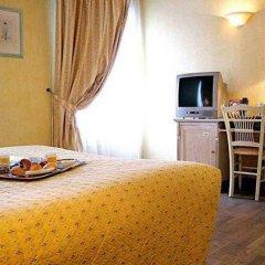 Отель Villa Alessandra Париж в номере фото 2