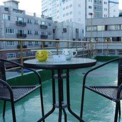 Отель Dongdaemun Neighbors Южная Корея, Сеул - отзывы, цены и фото номеров - забронировать отель Dongdaemun Neighbors онлайн балкон
