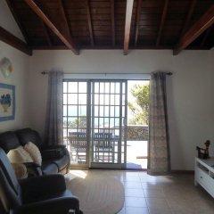 Отель Casas do Capelo Португалия, Орта - отзывы, цены и фото номеров - забронировать отель Casas do Capelo онлайн комната для гостей фото 2