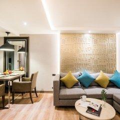 Отель Citrus Suites Sukhumvit 6 By Compass Hospitality Бангкок комната для гостей фото 2