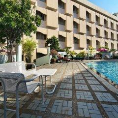 Отель Royal Rattanakosin Бангкок бассейн