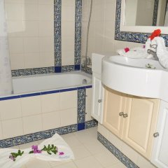 Отель Menzel Dija Appart-Hotel Тунис, Мидун - отзывы, цены и фото номеров - забронировать отель Menzel Dija Appart-Hotel онлайн ванная