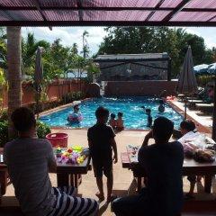 Отель Palm Beach Resort гостиничный бар