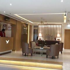 Отель Royal Falcon Дубай интерьер отеля
