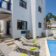 Отель Villa Saint Nikolas Кипр, Протарас - отзывы, цены и фото номеров - забронировать отель Villa Saint Nikolas онлайн бассейн