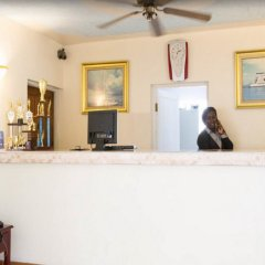Отель Travellers Beach Resort интерьер отеля фото 2