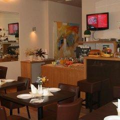 Отель Edvards Латвия, Рига - 2 отзыва об отеле, цены и фото номеров - забронировать отель Edvards онлайн гостиничный бар