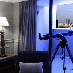 El Avenida Palace Hotel Барселона сейф в номере