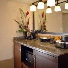 Embassy Suites Hotel Milpitas-Silicon Valley в номере
