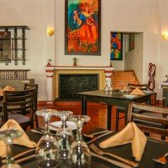 Отель Oakray Summer Hill Breeze Нувара-Элия питание