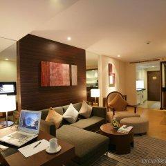 Отель Legacy Suites Sukhumvit by Compass Hospitality Таиланд, Бангкок - 2 отзыва об отеле, цены и фото номеров - забронировать отель Legacy Suites Sukhumvit by Compass Hospitality онлайн интерьер отеля