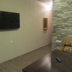 2x2 Cinema-Bar Hotel & Tours комната для гостей