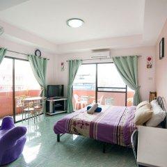 Отель Pattaya Holiday Lodge Паттайя комната для гостей