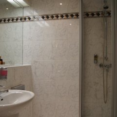 Отель Roma Латвия, Рига - - забронировать отель Roma, цены и фото номеров ванная фото 2