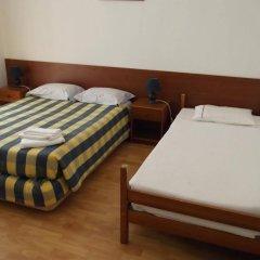 Отель Low Cost Rooms комната для гостей фото 2