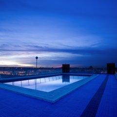 Expo Hotel бассейн фото 2