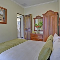 Casa Conde Hotel & Suites сейф в номере