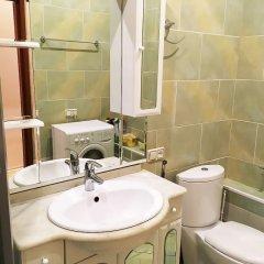 Гостиница U Belogo Doma Guest House в Москве отзывы, цены и фото номеров - забронировать гостиницу U Belogo Doma Guest House онлайн Москва ванная фото 2