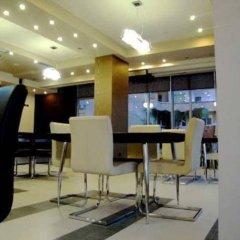 Hotel Nais Beach интерьер отеля