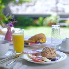 Отель YOURS GuestHouse Porto питание фото 3