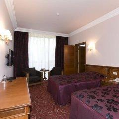 Russia Hotel (Цахкадзор) комната для гостей