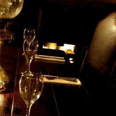 Отель The Old Hall Inn гостиничный бар