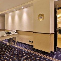 Best Western Plus Hotel Genova интерьер отеля