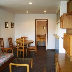 Отель Murillo Apartamentos Салоу комната для гостей фото 5