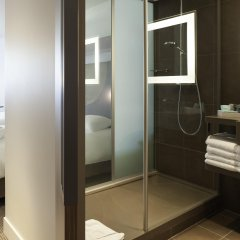 Отель Novotel Paris Les Halles 4* Улучшенный номер с различными типами кроватей фото 5