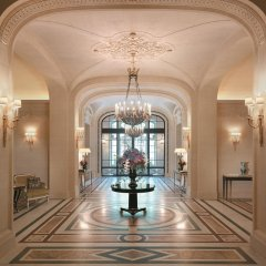 Shangri-La Hotel Paris Париж развлечения