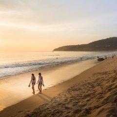 Отель Movenpick Resort & Spa Karon Beach Phuket Таиланд, Пхукет - 4 отзыва об отеле, цены и фото номеров - забронировать отель Movenpick Resort & Spa Karon Beach Phuket онлайн пляж фото 2