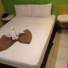 Отель Cebu R Hotel - Capitol Филиппины, Лапу-Лапу - отзывы, цены и фото номеров - забронировать отель Cebu R Hotel - Capitol онлайн комната для гостей фото 4