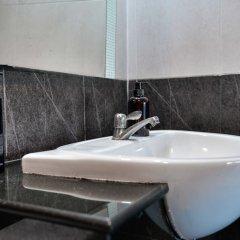 Отель BGW Phuket ванная фото 2