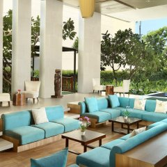 Отель Holiday Inn Resort Phuket Mai Khao Beach бассейн