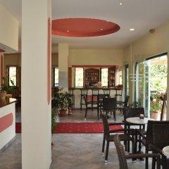 Отель Pyrros Греция, Корфу - 1 отзыв об отеле, цены и фото номеров - забронировать отель Pyrros онлайн питание фото 2