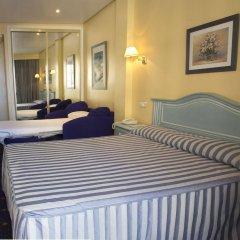 Отель Villa de Laredo Испания, Фуэнхирола - отзывы, цены и фото номеров - забронировать отель Villa de Laredo онлайн комната для гостей фото 2