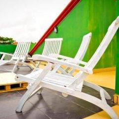 Отель YoYo Hostel Шри-Ланка, Негомбо - отзывы, цены и фото номеров - забронировать отель YoYo Hostel онлайн бассейн