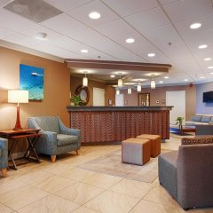 Отель Best Western Oceanfront - New Smyrna Beach гостиничный бар