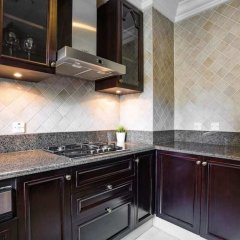Апартаменты Secluded Apartment in the Heart of Downtown Дубай фото 5