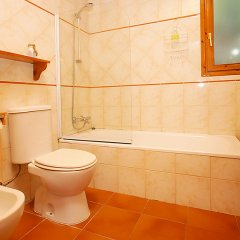 Отель Can Rovira ванная