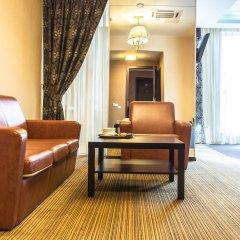 Гостиница Дипломат комната для гостей