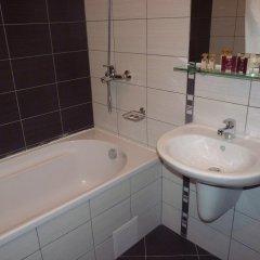 Отель Borovets Gardens Aparthotel Болгария, Боровец - отзывы, цены и фото номеров - забронировать отель Borovets Gardens Aparthotel онлайн ванная