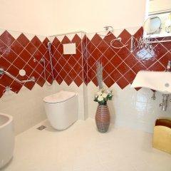 Отель Ca di Fiore Италия, Мира - отзывы, цены и фото номеров - забронировать отель Ca di Fiore онлайн ванная