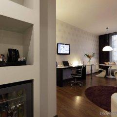 Отель Holiday Inn Genoa City Италия, Генуя - 1 отзыв об отеле, цены и фото номеров - забронировать отель Holiday Inn Genoa City онлайн фото 2
